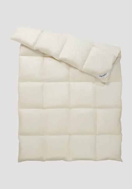 Down comforter warm