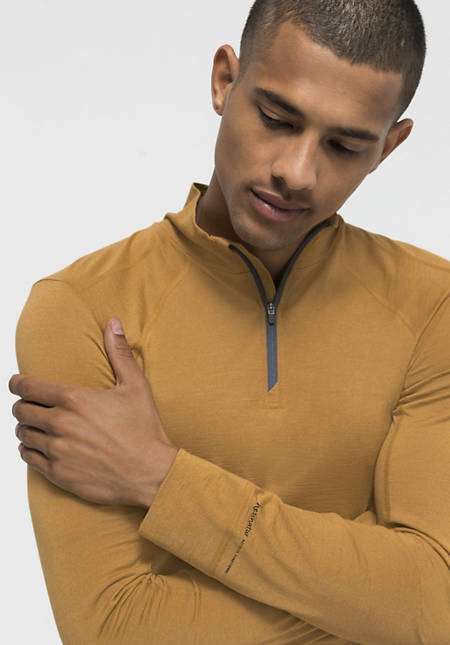 Functional shirt made of organic merino wool with silk