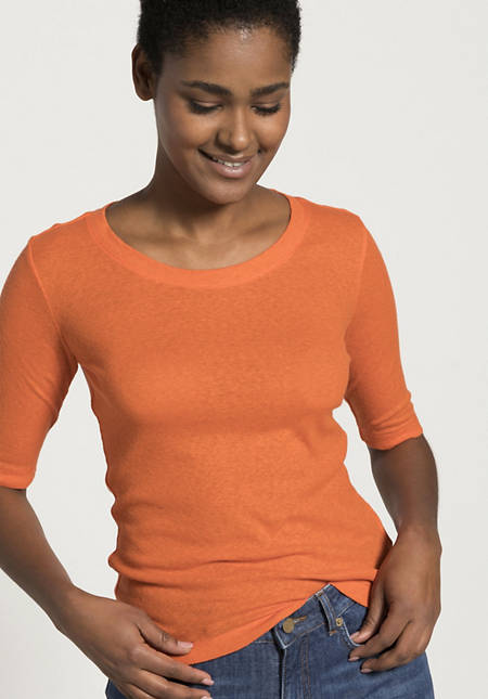 Half-sleeved shirt made of organic cotton with silk and linen