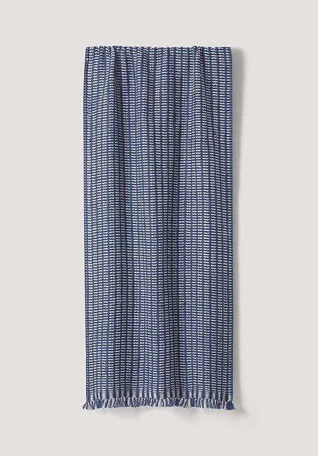 Hand-woven jacquard scarf made of pure merino wool