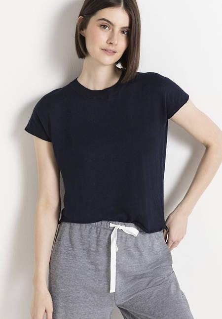 Knit shirt made of linen with virgin wool