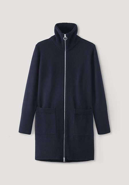 Knitted coat made of pure lambswool