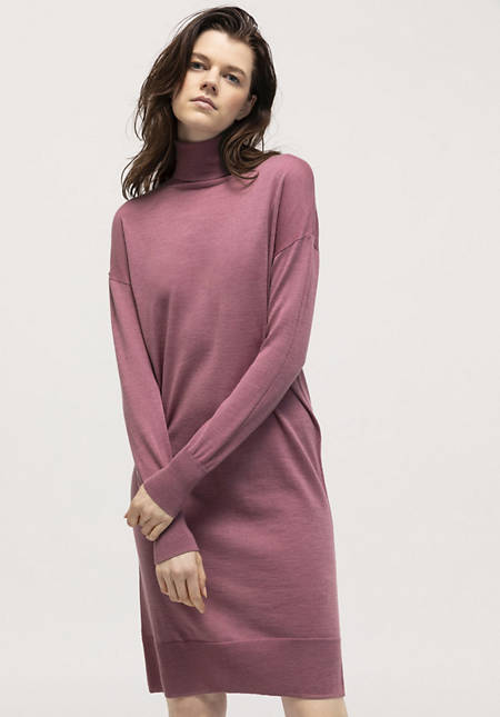 Knitted dress plant-dyed from pure merino wool