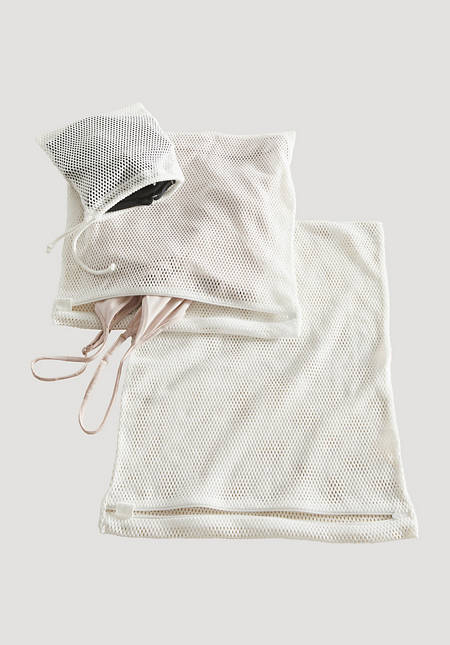 Laundry net in a set made of pure organic cotton