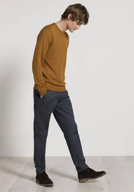 Linen sweater with merino wool