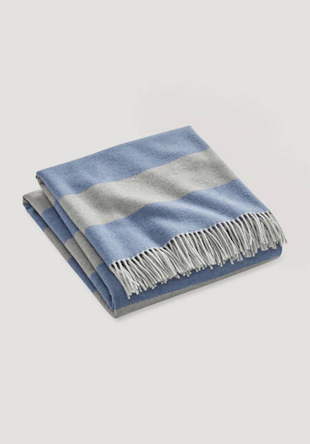 Merino plaid Nanne made of pure merino wool
