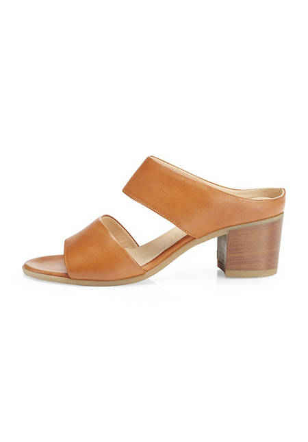 Mules made from chrome-free tanned leather