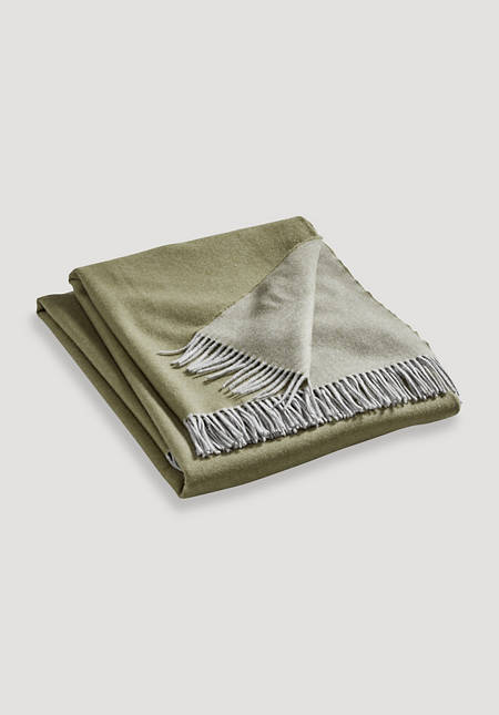 Nuvola blanket made from pure merino wool