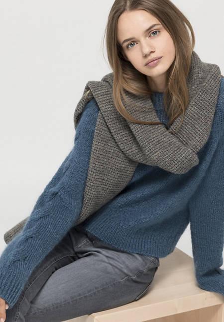 Organic merino wool scarf with alpaca