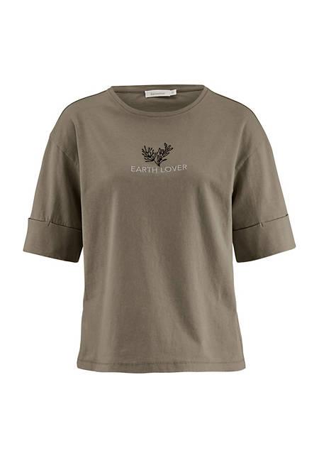 Pflanzengefärbtes Shirt