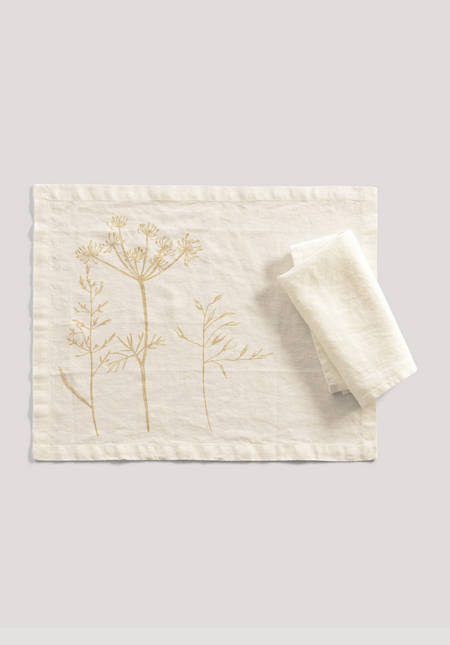 Placemat Pernille made of pure linen
