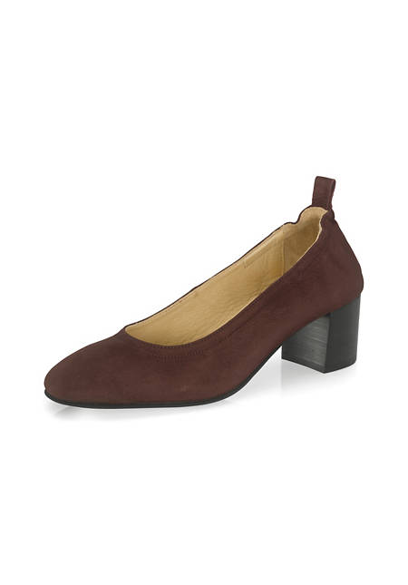 Pumps made from chrome-free tanned leather