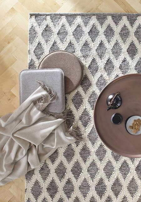 Rautenmuster-Webteppich Rhönschaf aus reiner Schurwolle