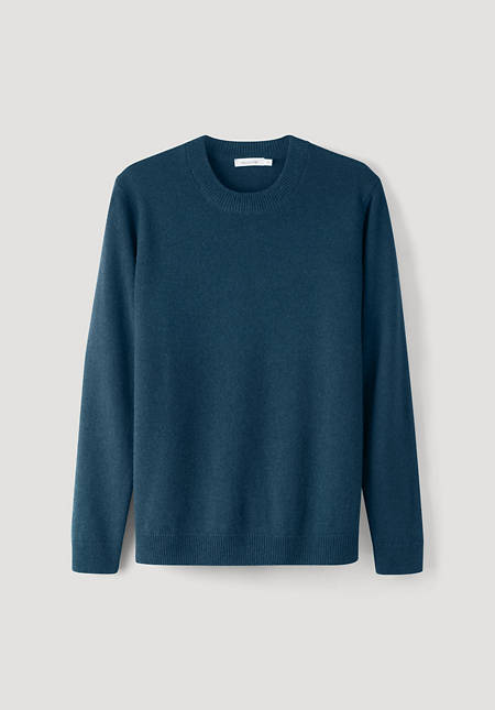 Round neck sweater made from pure lambswool