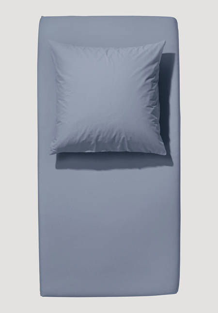 Satin fitted sheet made from pure organic cotton