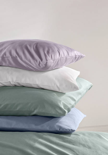 Satin pillowcase made from pure organic cotton