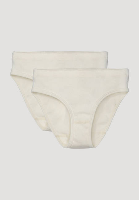 Set of 2 briefs made from pure organic cotton