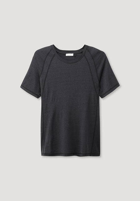 Shirt made of organic merino wool with silk