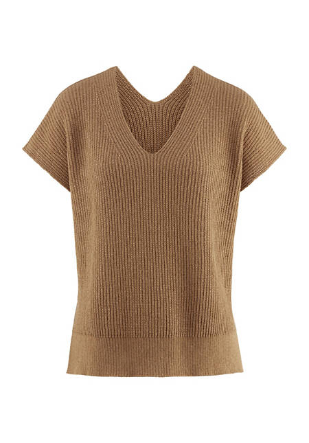 Sweater made of colored organic cotton