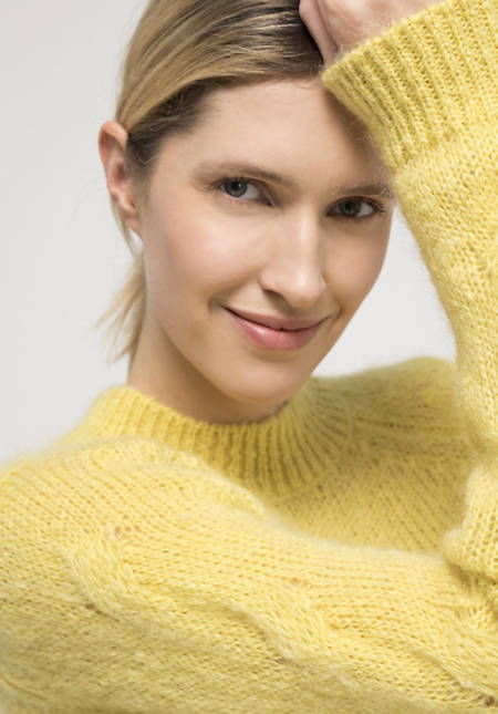 Sweater made of mohair with virgin wool
