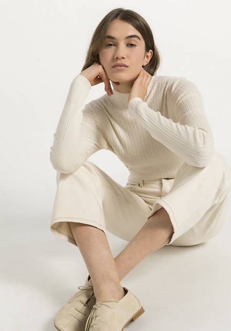 Sweater made of silk with cotton