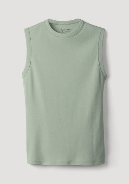 Top made from pure organic cotton