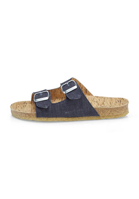 Upcycling mules made of organic denim and cork