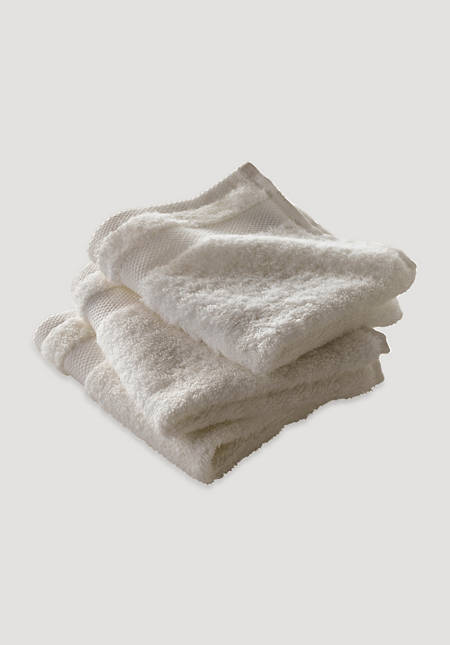 Washcloths in a pack of 3 made from pure organic terrycloth