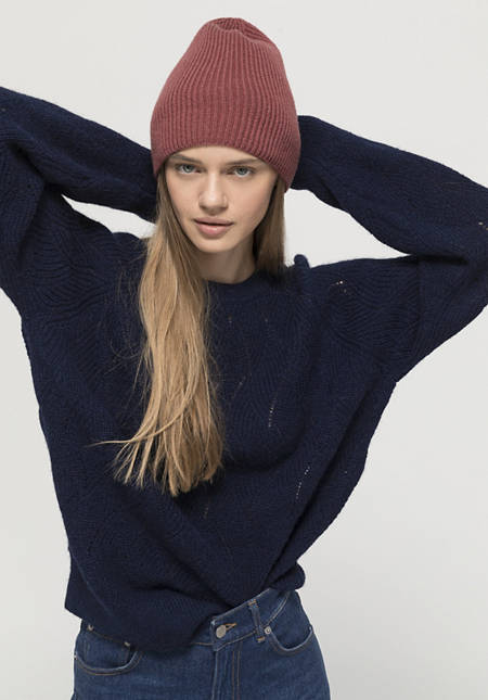 betteRecycling hat made of pure cashmere