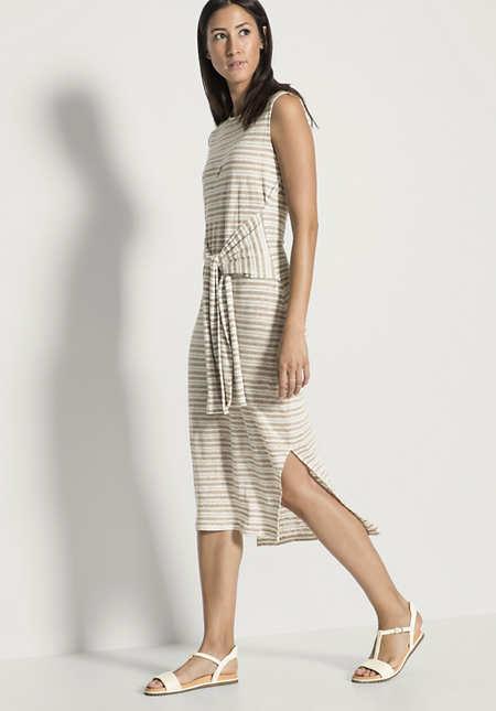 Kleid aus reinem Leinen