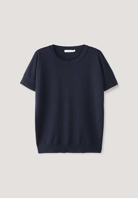 Knit shirt made of pure organic merino wool