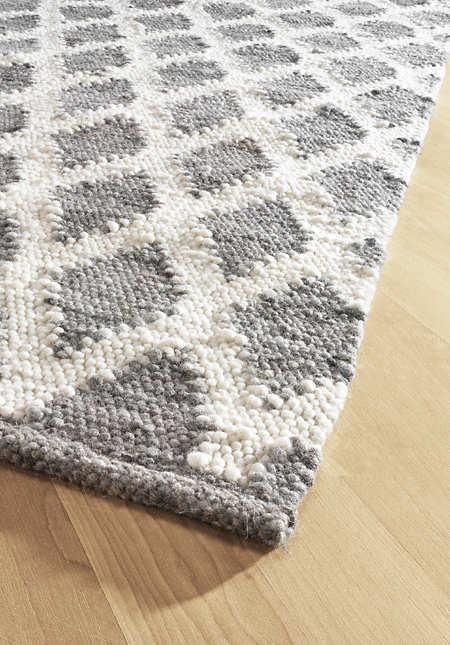 Rautenmuster-Teppichläufer aus reiner Schurwolle
