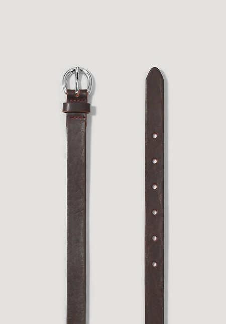 Schmaler Gürtel aus Leder