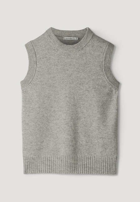 Tank top made from pure lambswool