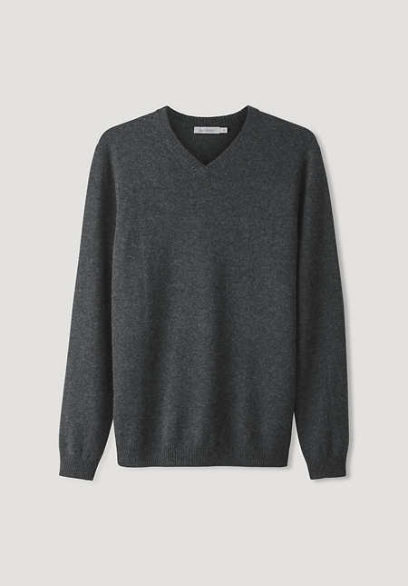 V-neck sweater made of virgin wool with cashmere