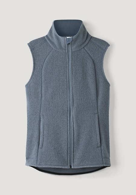 Wool fleece vest made of pure organic merino wool